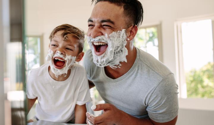Je otec iba babysitter alebo skutočný rodič ? Týchto 8 hravých typov na budovanie efektívneho otcovstva vám to prezradí.